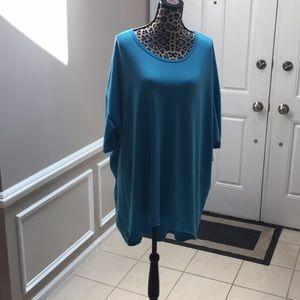 Lularoe Irma tunic high low 3/4 sleeves plus size